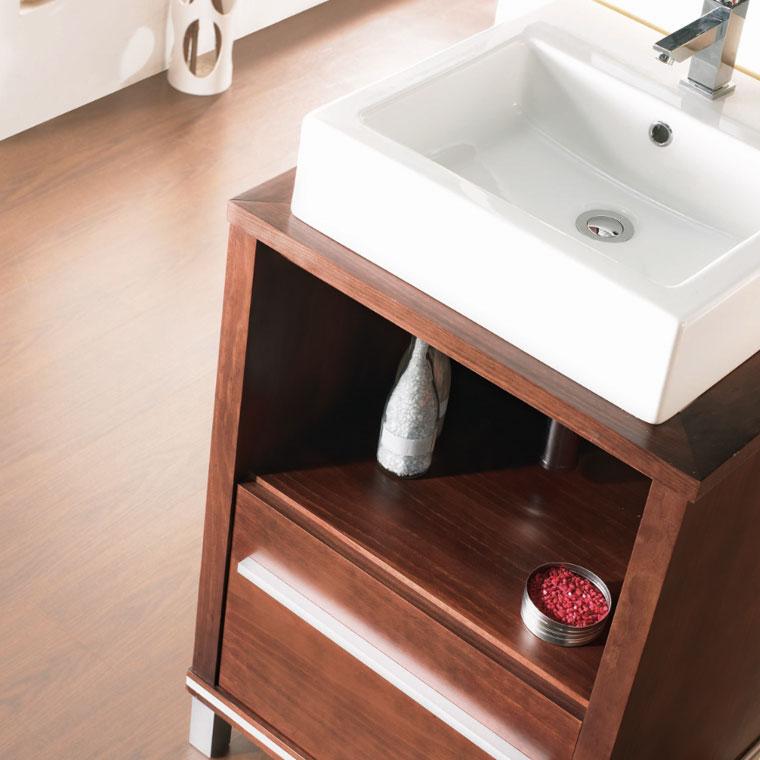 Detalle hueco muebles de ba o poseid n suelo - Muebles de bano de forja ...